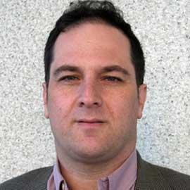 Dr. Leon Perlman